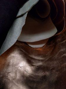 Piele aurie bronz pentru genti si rucsacuri de dama