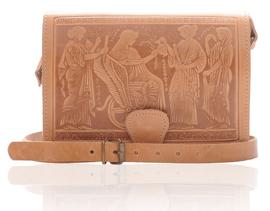 Geanta de piele Timeless Beauty cu model cu scene mitologice, in relief, dimensiune medie