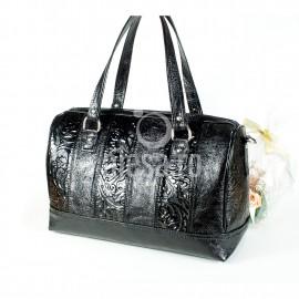 Geanta neagra din piele, cu benzi verticale cu flori in relief, Maia