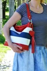 Geanta de piele Cerasela, benzi orizontale, cu ciucure, rosu, alb, albastru